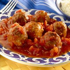 Albóndigas en Salsa de Tomate y Chipotle
