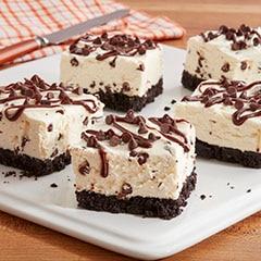 No-Bake Mini Chocolate Chip Cheesecake Bars