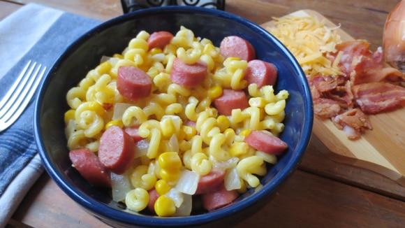 Hot Dogs & Cheesy Macaroni