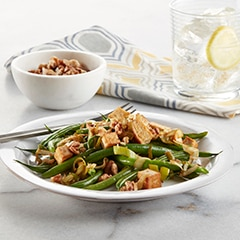 It's Vegan! Garlic Soy Green Beans with Tofu