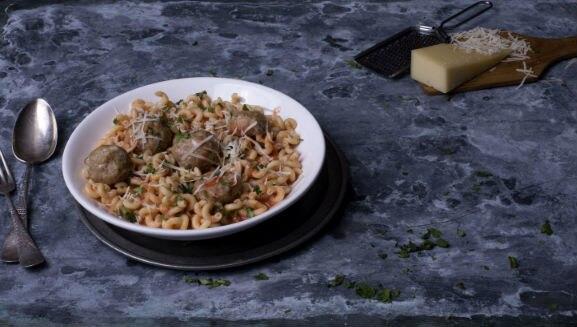 Meatball & Pasta Dinner