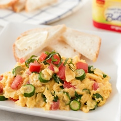Fluffy Scrambled Eggs with Tomatoes & Zucchini