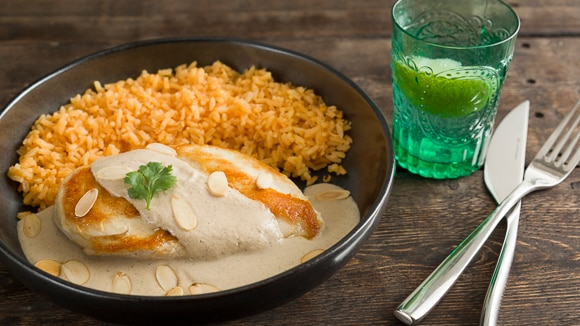 Chicken in Mexican Almond Sauce