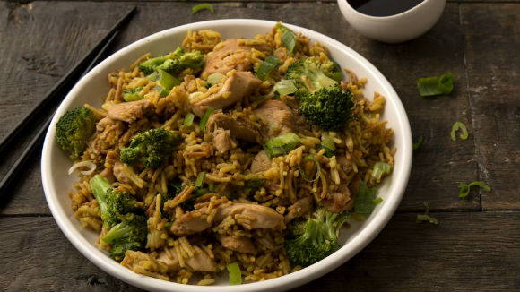 Chicken & Broccoli with Garlic-Ginger Rice