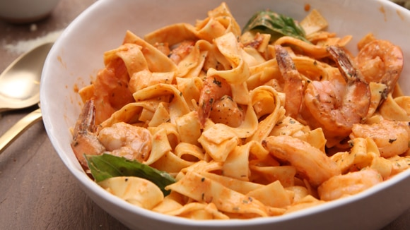 Roasted Red Pepper Pasta with Shrimp