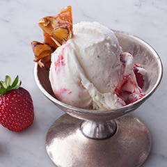 STRAWBERRY RIPPLE ICE CREAM WITH TOASTED ALMONDS